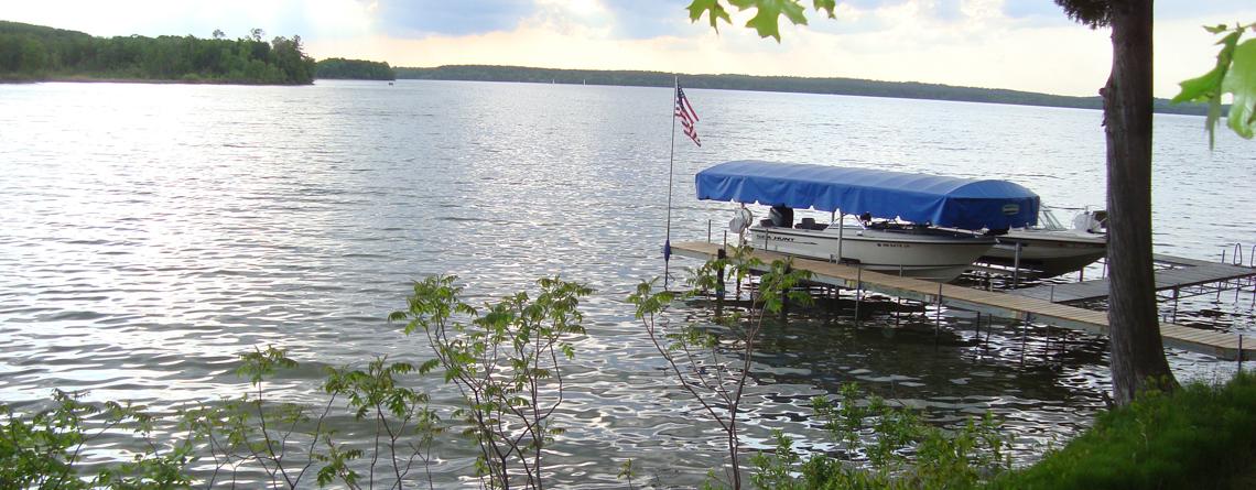 boat-leech-lake